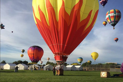 Albuquerque International Balloon Fiesta Glamping with Balloons landing